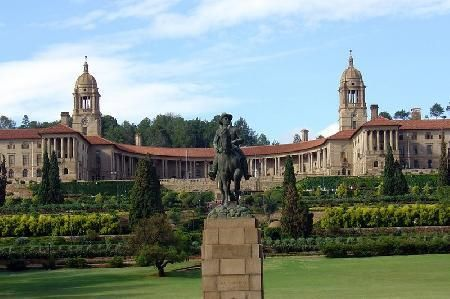 Google Image Result for http://www.travellingclub.org/images/big_union-building-in-pretoria.jpg