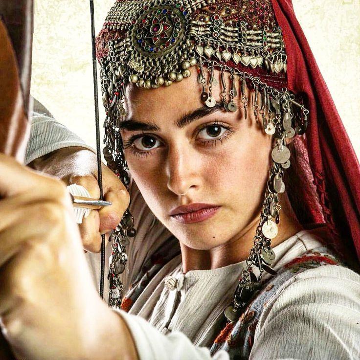 Esra BİLGİÇ ''HALİME SULTAN'' ~ (01)