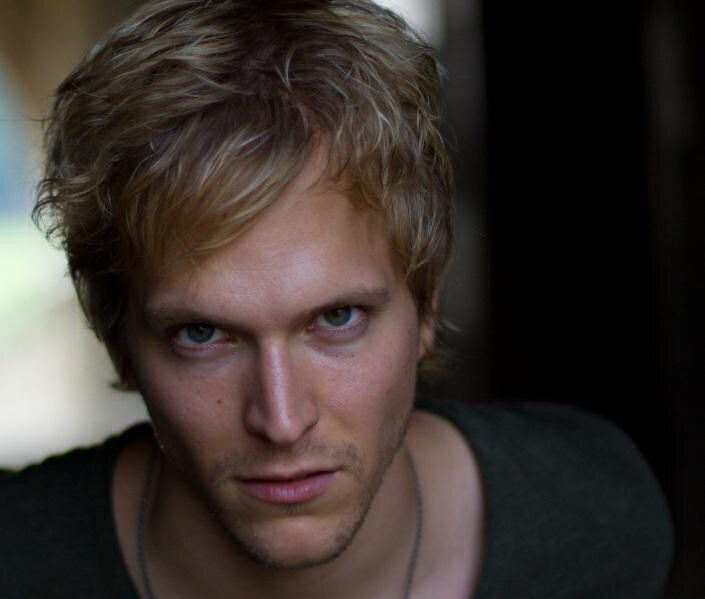 Jon Cor as Hodge Starkweather!