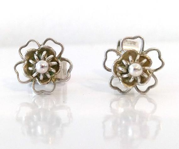 Vintage Sterling Silver Flower Stud Earrings