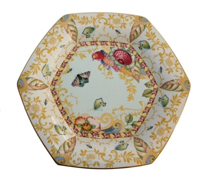 Sumatra mera tray, collectable hexagonal platter, produced in a worldwide limited edition of 1000 pieces in 2005, by the Spode factory in England. This is Νο 852.