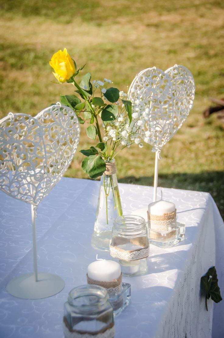 Decor pentru o nuntă în grădină! Decorațiuni inedite - http://www.decomag.ro/