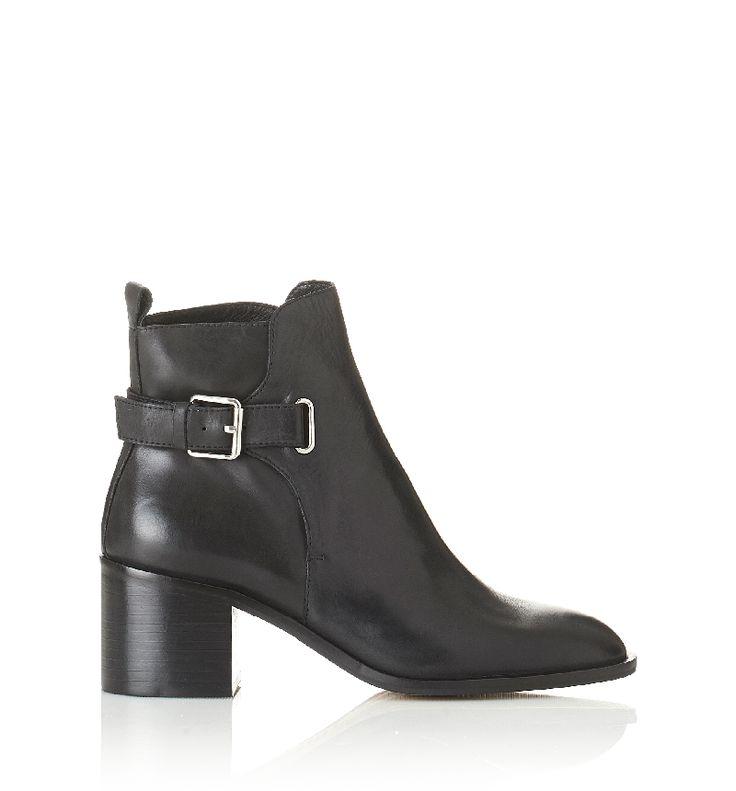 Alias Mae - Gabriel Boot