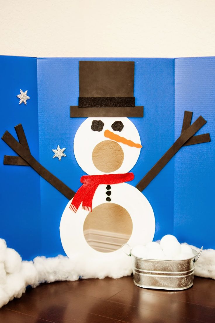The Sweatman Family: Scarlett's Winter ONEderland Party - snowball toss