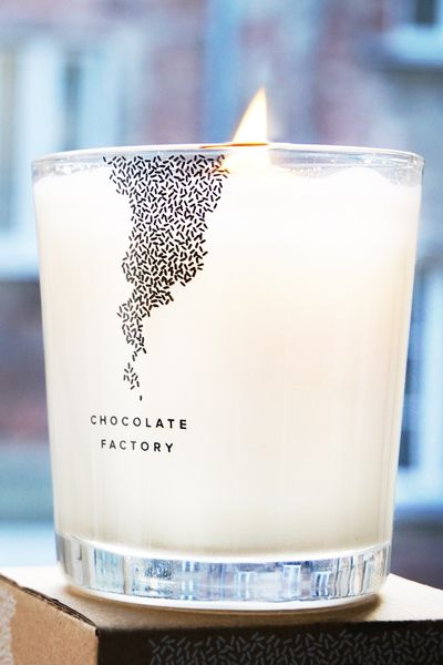 CHOCOLATE FACTORY by RISK Made in Warsaw = chocolate scented candle