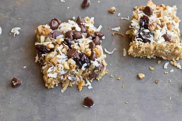 With chocolate chunks in every bite, these oatmeal chewy bars are irresistible!