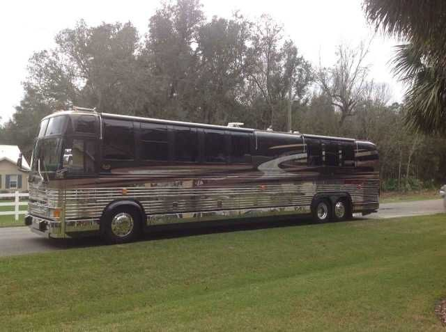1999 Used Prevost Marathon Coach 45XL Class A in Florida FL.Recreational Vehicle, rv, 1999 Prevost Marathon Coach 45XL, Like New. This is a recent zero time coach. Meaning nearly everything has recently been served and or replaced. i.e.: all fluids severed, all new tires, transmission service, radiator service, heating and cooling systems serviced, shocks replaced, greased, new belts, generator serviced, etc. Recent complete interior upgrade: New granite floors, new wood floors, new carpet…