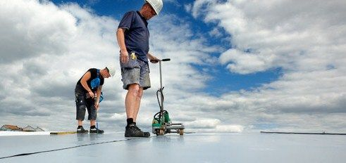 Our services are: •Leak Repair •Roof Repair •Roof Inspection •Emergency Roof Repair •Free Estimation For more information about roofing services or roofing problem just call on 416-858-0400 or visit: http://www.theroofers.ca/commercial/