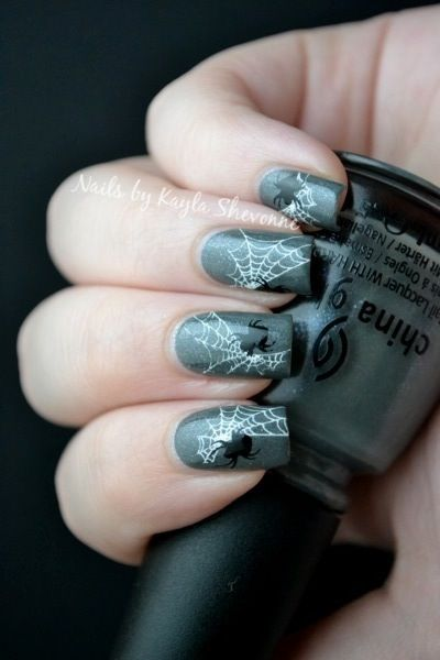 92 best halloween nail art images on pinterest halloween nail nails by kayla shevonne halloween nail art stamped spiderwebs prinsesfo Image collections