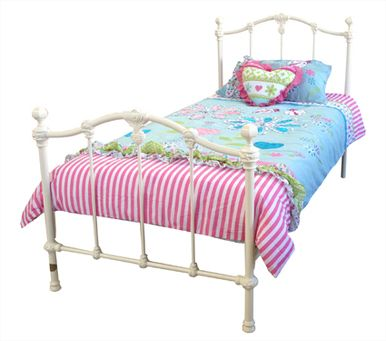Another option for Summer's bed. Very girly and pretty bed for my princess.