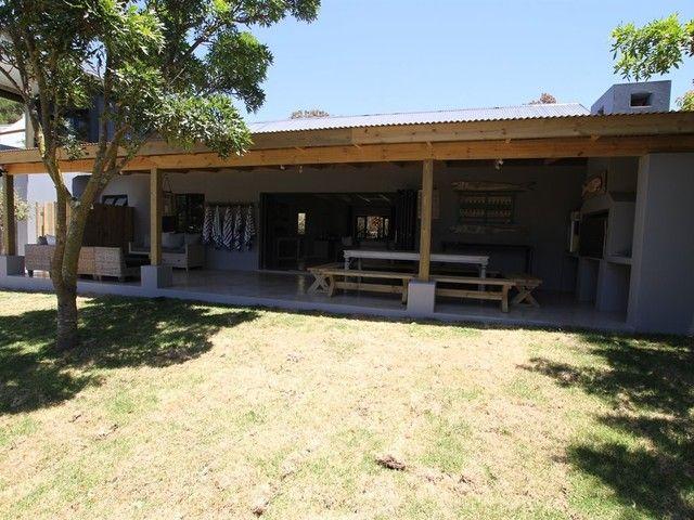 R3.4 - 4 Bedroom House For Sale in Longships East
