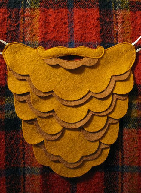 felt beard. What a cool idea for kids costumes. Gonna hang onto this idea. May need it someday...