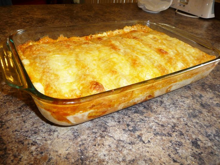 CREAMY CHEESY CHICKEN ENCHILLADAS    2-3 cups shredded chicken  1-1/2 cups salsa  2 cups shredded Colby and Monterrey jack cheese  1 14 oz can of Old El Paso Enchilada Sauce…..I have found this is the best brand for this  about 8 tortillas  1 cup sour cream  1/2 can of cream of chicken
