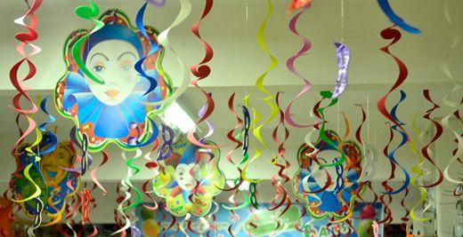 Ideias divertidas para decorar a casa no Carnaval! - Blog Bibeli - Tudo sobre moda e decoração
