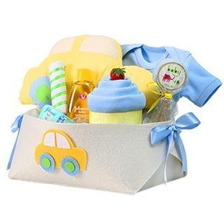 """Günaydınlar  Yenidoğan hediyesi almayı planlayanlar için neşeli bir önerimiz var; """"Arabalı Bebek Hediye Sepeti"""" Bu ürünümüzde bebek body, penye bebek battaniyesi, penye mama önlüğü, araba şeklinde bebek yastığı, Bebetto marka antibakteriyel % 100 pamuk bebek mendili ile Johnson & Johnson's bebek şampuanı, bebek pudrası, sabun bulunuyor. Sipariş ve sorularınız için bize DM'den ulaşabilirsiniz.  #babymuu #tasarım #design #handmade #bezpasta #diapercake #baby #yenidoğan #newborn #cute #gift...."""