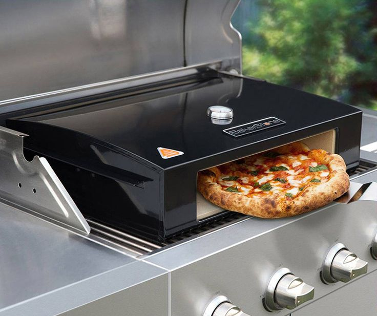 Simply place this innovative box in a 3 burner outdoor grill to recreate a high temperature wood burning pizza oven - minus the wood. Easily bakes a tasty gourmet handmade pizza in only 2-4 minutes.