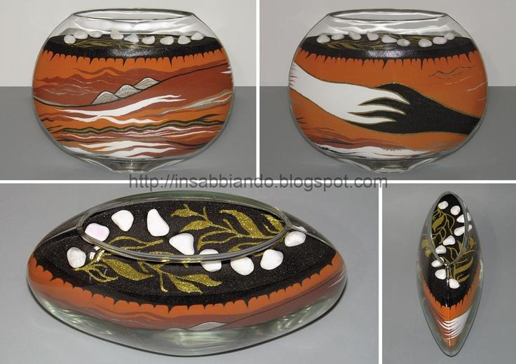 inSABBIAndo - Sand Art: PEACE, vaso decorato con sabbia colorata e ciotoli.