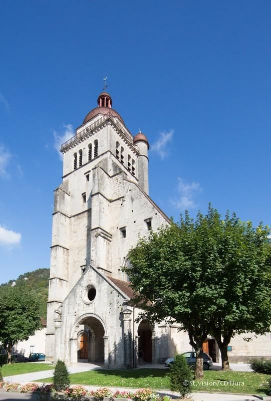 La collégiale de Poligny fête ses 600 ans !   Jura, France   Crédit photo : Studio Vision/Jura Tourisme   #JuraTourisme