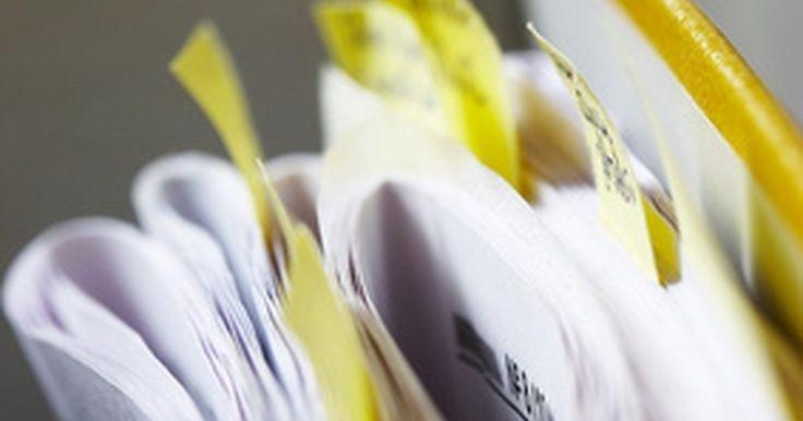 Cómo convertir un archivo PDF en un JPG. El PDF (Formato de Documento Portable) es un formato versátil que puede dar formato a texto, dibujos, gráficos en color, video, música, mapas, 3D, logotipos, documentos de varias páginas e imágenes. Este formato es apreciado por su habilidad para preservar la integridad de un archivo cuando se ve en otra computadora o en otro dispositivo móvil. El ...