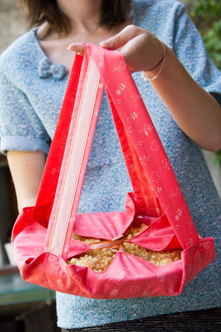 92 best et frou frou images on pinterest - Porte tarte en tissu ...
