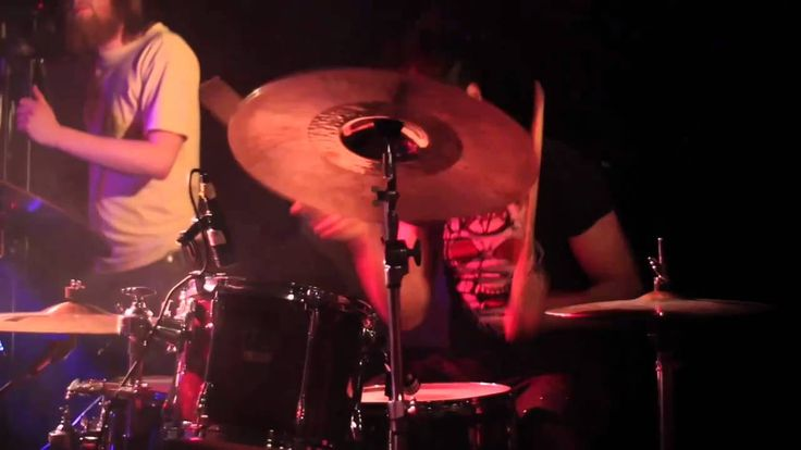 """VIGGIE & VIKA"": Live in Iceland ""BATTERY"" - Metallica (1/10)"