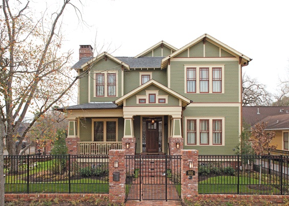 Very nice arts and crafts inspired home. Exterior paint