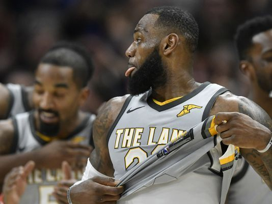 LeBron James' OT buzzer-beater ends Cleveland Cavaliers' losing streak on national TV