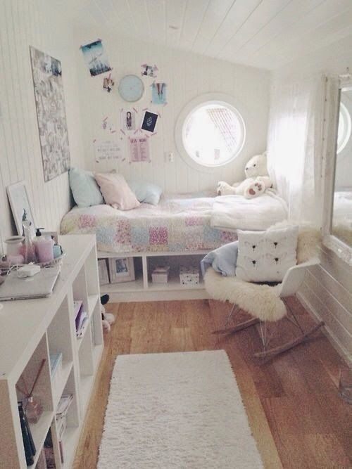 Small but so adorable interieur. Fits the room perfectly. My room is small too, would be awesome if this worked for me too. but where does the tv and wardrobe fit ???