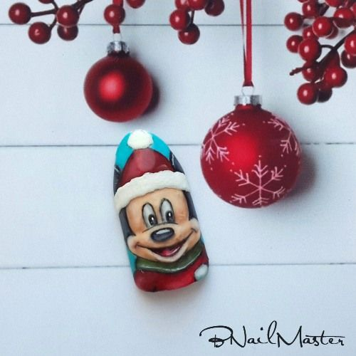 Christmas Mickey Mouse Nail Design