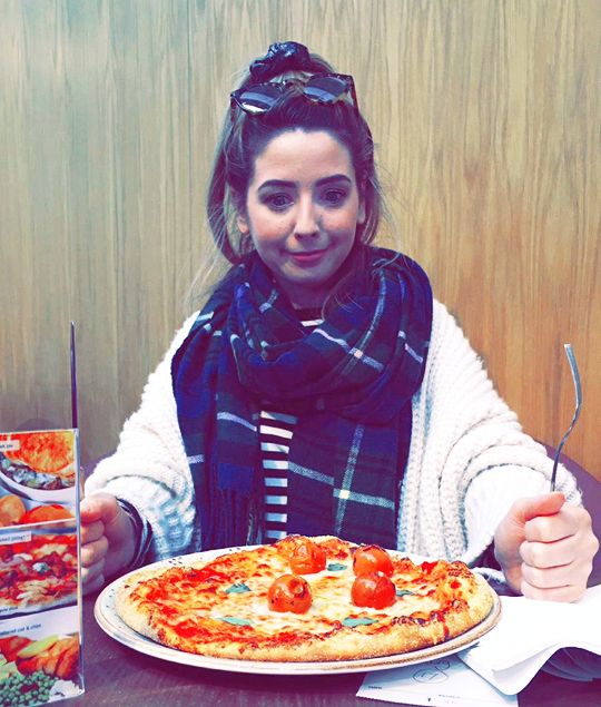 you're small but you're mighty #zoella #zoesugg