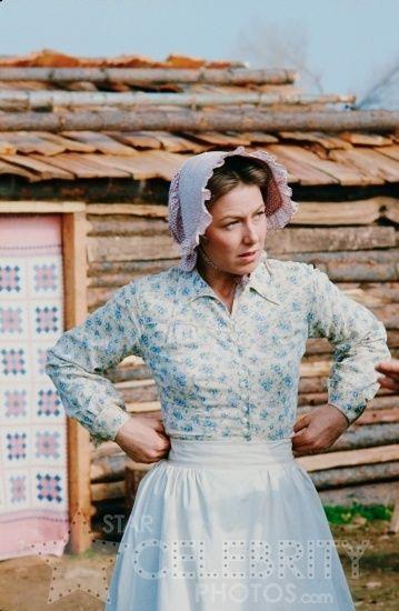 Karen grassle as caroline ingalls the little house on for Laura ingalls wilder wedding dress