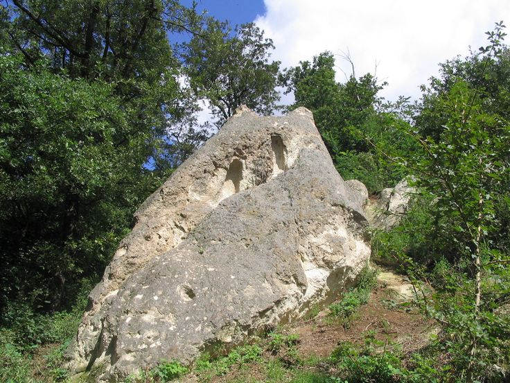 Bogácsi kaptárkövek (Bogács közelében 1.4 km) http://www.turabazis.hu/latnivalok_ismerteto_4765 #latnivalo #bogacs #turabazis #hungary #magyarorszag #travel #tura #turista #kirandulas