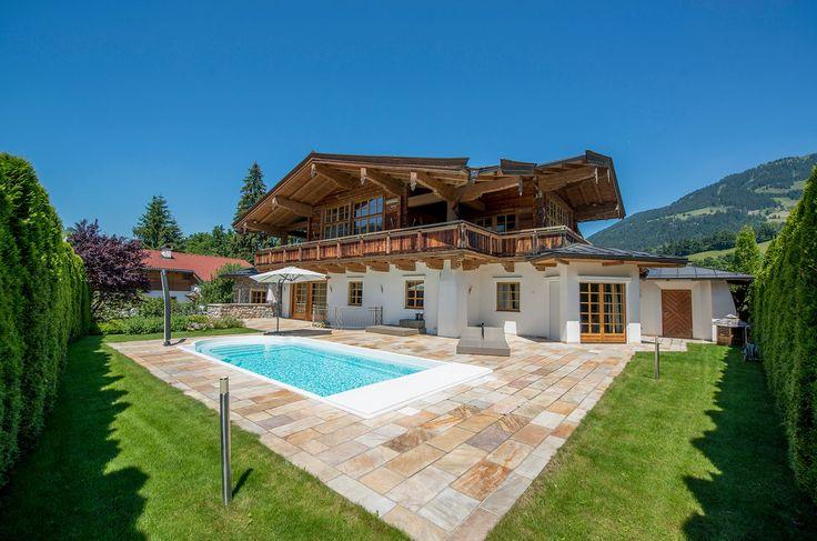 Charmantes #Chalet mit 2 Pools und eigenem #Wellnessbereich nahe #Kitzbühel.