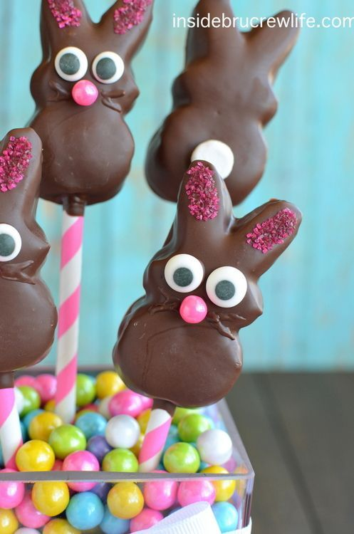 Chocolate Covered Marshmallow Bunnies - these dark chocolate covered marshmallow Peep bunnies make a cute and edible Easter centerpiece
