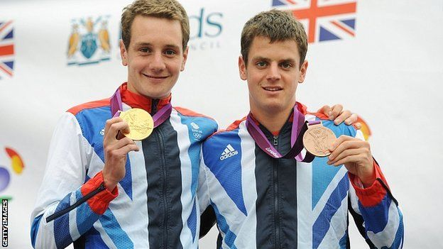Bless. Alistair & Jonny Brownlee reveal pensioner's £10 gift.