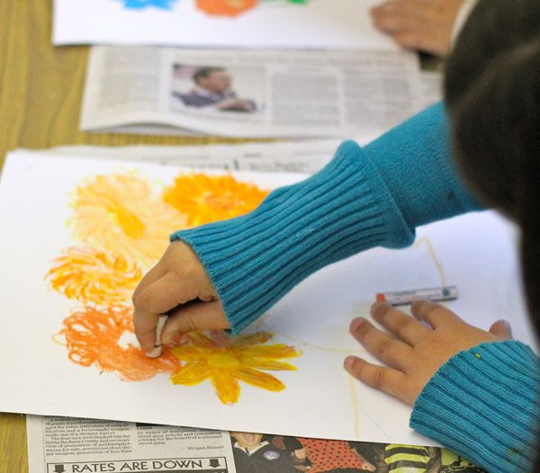 Art Lessons for Kids  http://www.deepspacesparkle.com/2012/02/06/van-gogh-flowers-art-lesson/#