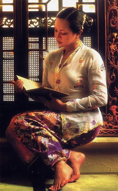 Nyonya Kebaya, Malaysian Creations by jordipostales, via Flickr