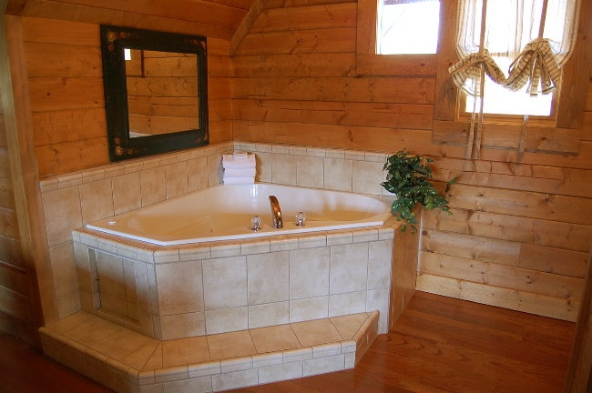 The 25 Best Ideas About Indoor Hot Tubs On Pinterest