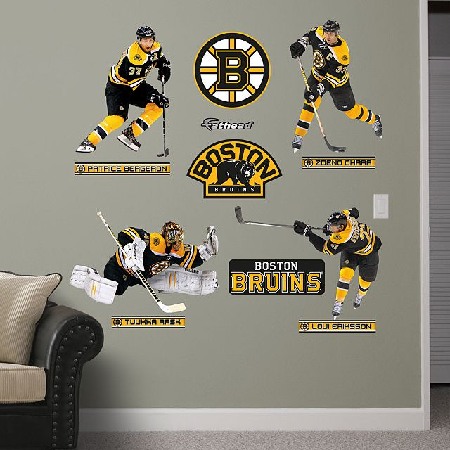 13 best thomas 39 s bedroom ideas images on pinterest for Bruins bedroom ideas