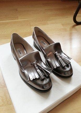 Kaufe meinen Artikel bei #Kleiderkreisel http://www.kleiderkreisel.de/damenschuhe/halbschuhe/139760157-neu-clarks-loafers-silber