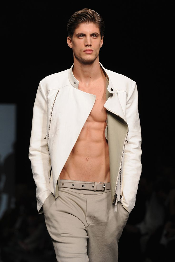 The Hottest Male Models From Milan Men Fashion Week -