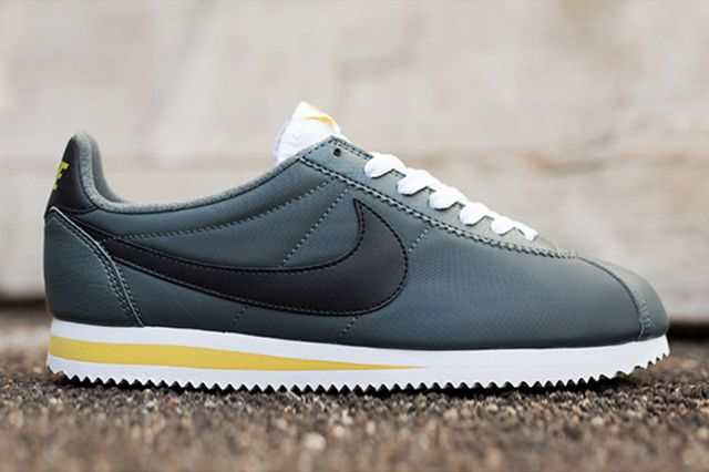 NIKE CORTEZ NYLON (GREY/BLACK/WHITE) | Sneaker Freaker