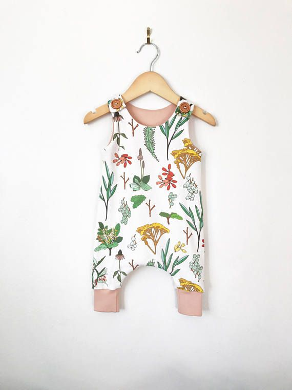 Floral baby romper // toddler romper // girls romper // button shoulder romper // baby girl clothes // organic baby clothes