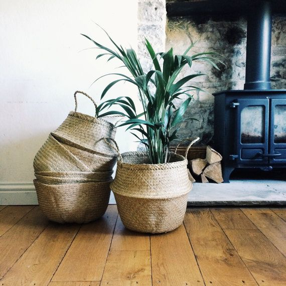 Handwoven natural seagrass baskets are so versatile, store your blankets, toys or even use them for your plants. Great for taking down to the beach or to the shops.  Available in black, natural and large white colour dipped.   DIMENSIONS: 32cm x 35cm (black, natural and gold) DIMENSIONS: 42cm x 42cm (with thicker handles - only available in natural as seen in image 3) DIMENSIONS: 50cm x 35cm (Large White colour dipped - as seen in image 4)
