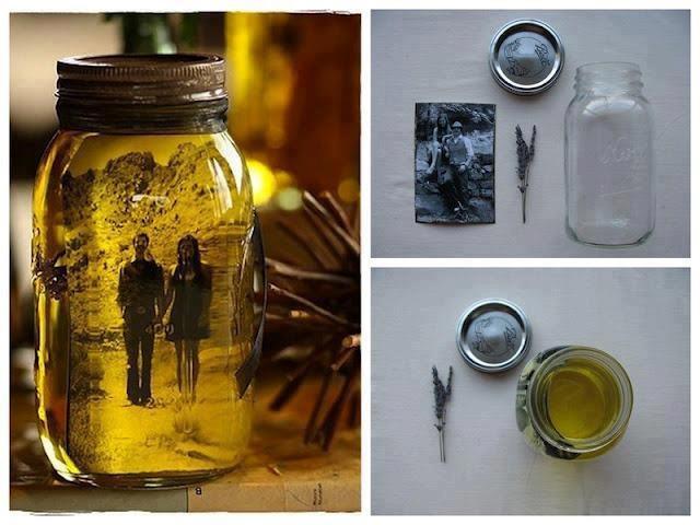 Foto a preto e branco e óleo faz um efeito lindo nestas fotos dentro dos jarros