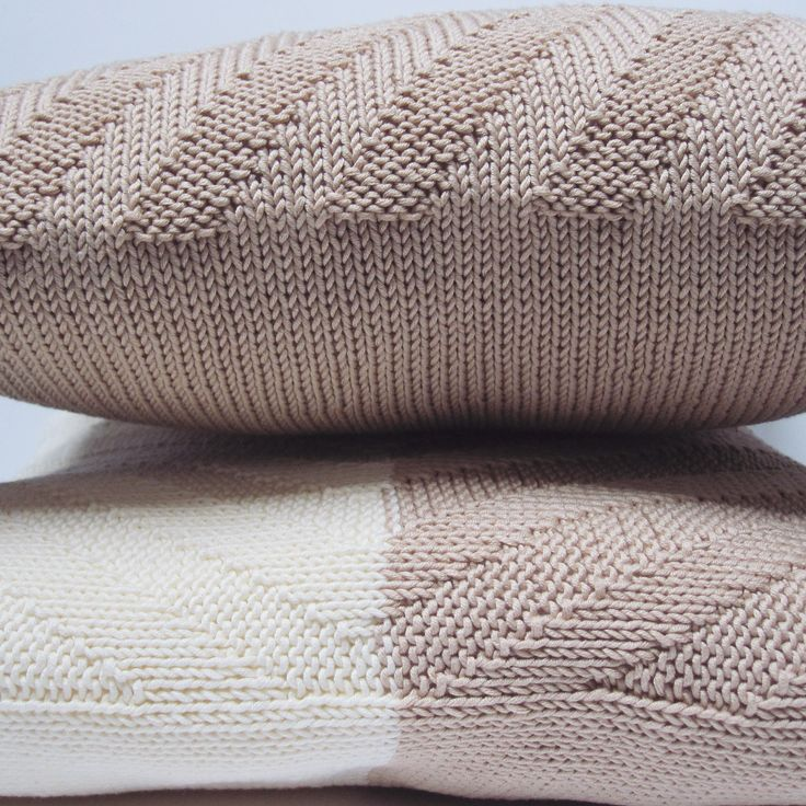 Knit pillows  ... #beige #ivory 💯% hand-knit decorative cushion covers 🔸chevron pattern 🔹available in my etsy shop 🔹custom order 🔹link in bio . . #cushion #interiordecor #cushioncover #cushions #möbel #anavalenart #homedecor #homedesign #housewarming #mynewhome #sofakissen #handgefertigt #patio #outdoors #sofakissenbezug #countryhouse #etsyshop #countrystyle #rustic #scandinavianstyle #scandi #strickkissen #modernfurniture #furniture #instadecor #pillows #pillowcover #pillowcovers