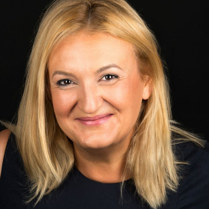 Smaranda Buduru - Dentist - headshot, business portrait