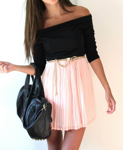 ADORABLE!: Inspiration Outfits, Outfits With Pink, Dreams Closet, Pink Skirts, Pastel Pink, Pale Pink, Black Skirts Outfits, Outfits With Skirts, Shoulder Tops