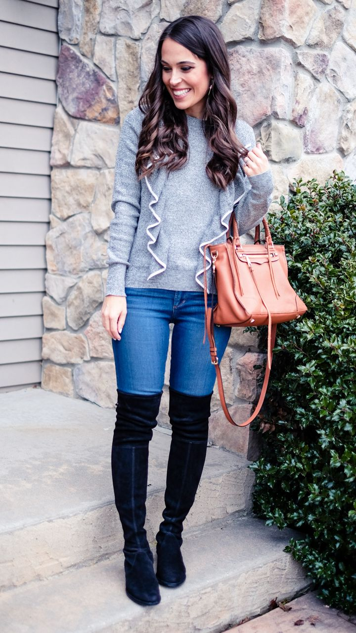 9524b770520 Gray ruffled sweater outfit