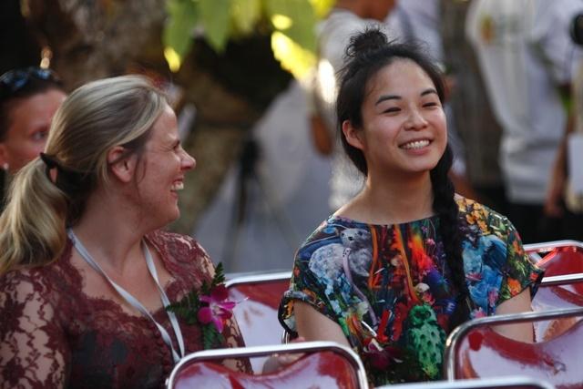 Lisa Dempster with friend #UWRF 2012